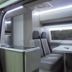 Mercedes Sprinter Interior cozinha porta aberta