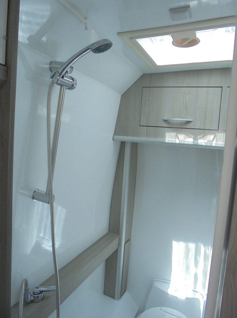 PEUGEOT BOXER Maio WC chuveiro