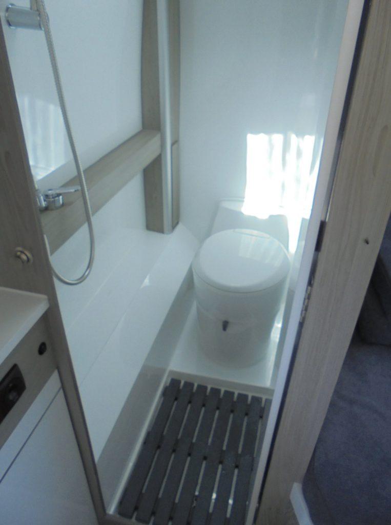 PEUGEOT BOXER Maio WC sanitario