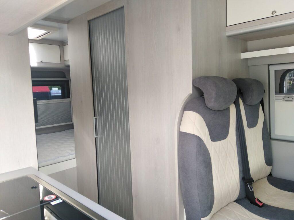 Fiat Ducato Set2020 Corredor porta fechada