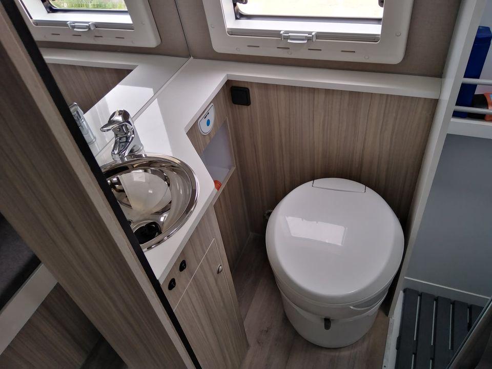 Ducato L4 H2 interior WC