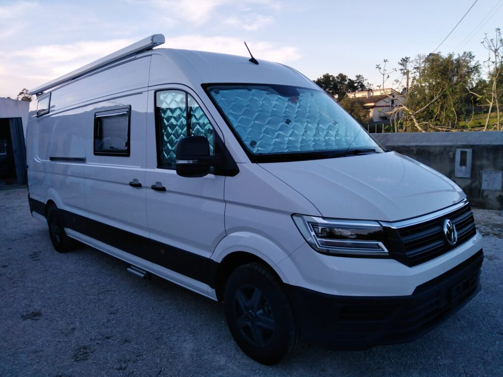 VW Crafter Lateral Frente Direita